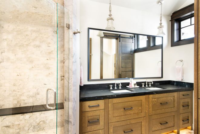 4079_N_Two_Creeks_Guest_Shower_8558